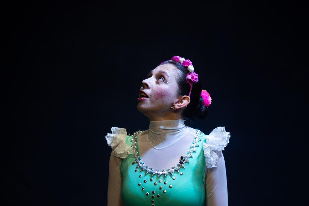 El teatro tiene rostro de mujer. (Tres pinturas de actrices carmelitanas).
